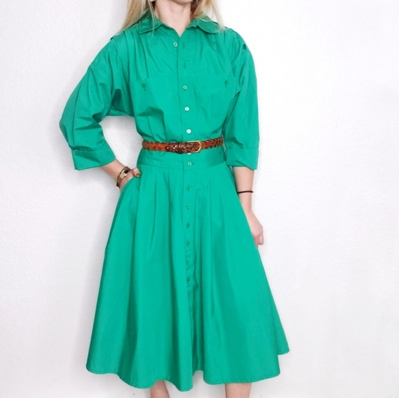 Vintage Dresses & Skirts - 80s Vintage Green Button Down Pleated Shirt Dress